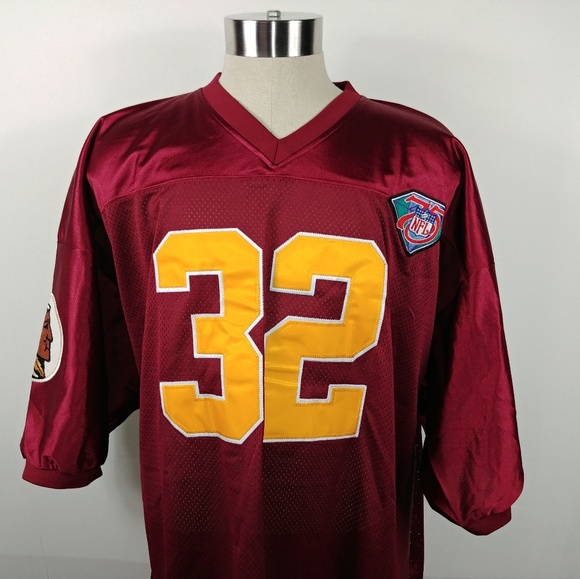 huge discount 09a0f cb3c7 Mitchell & Ness Mens Throwback Jersey Redskin 56